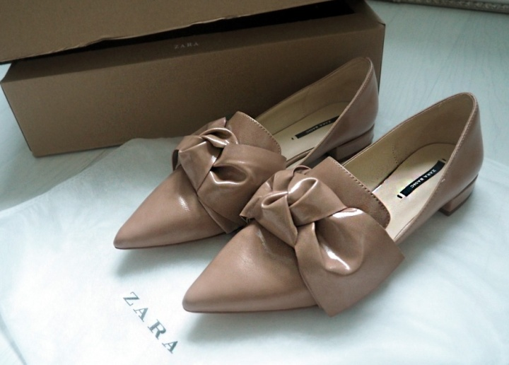 ZARA SHOES WITH BOW DETAIL